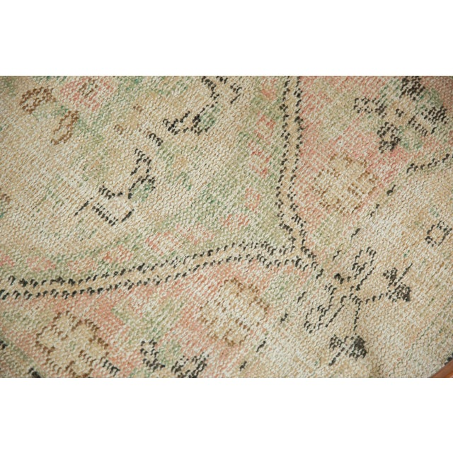 """Vintage Distressed Oushak Rug Runner - 2'8"""" X 4'9"""" For Sale In New York - Image 6 of 9"""