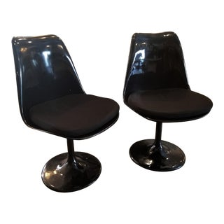Mid-Century Saarinen Tulip Style Black Side Chairs - A Pair For Sale