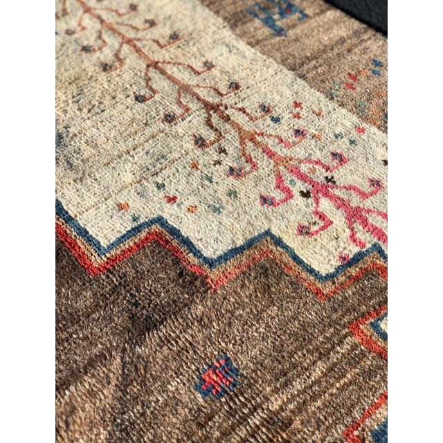 1970s Vintage Persian Gabbeh Rug - 4′9″ × 8′3″ For Sale In Atlanta - Image 6 of 13