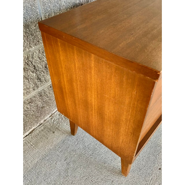 Vintage Mid-Century Modern Nightstand For Sale - Image 4 of 10
