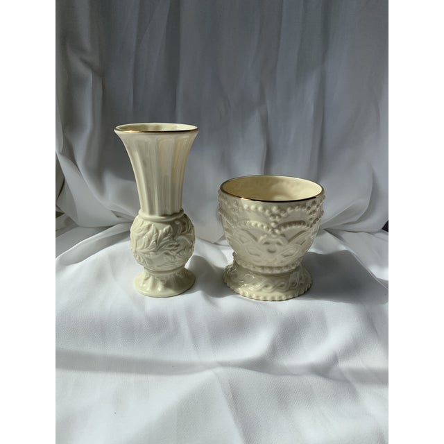 Cute set of bud vase and dish from Lenox.