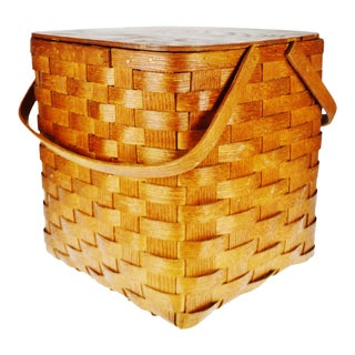 Vintage Peterboro Wicker Picnic Basket For Sale