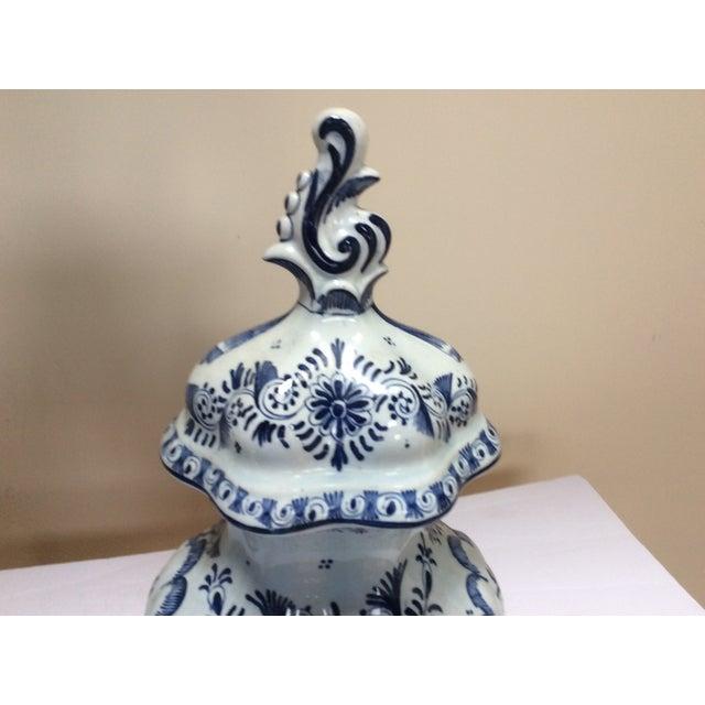 Delft Style Decorative Lidded Jar For Sale - Image 4 of 9