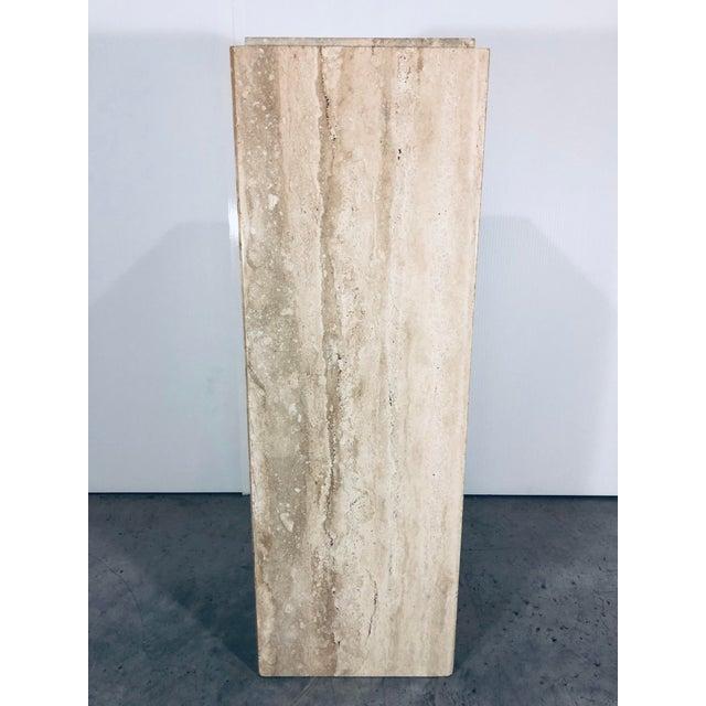 Italian Travertine Modern marble pedestal from the 1970s.