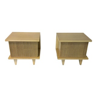 1960s Mid-Century Modern American of Martinsville End Tables - a Pair For Sale