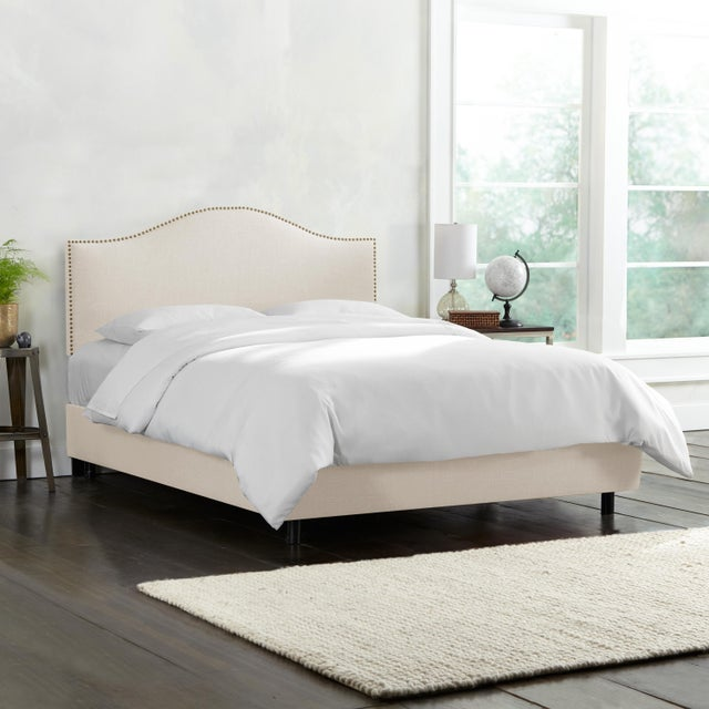 Contemporary Linen Talc Queen Nail Button Bed For Sale - Image 3 of 6