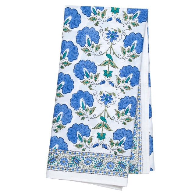 Contemporary Janvi Tablecloth II, 6-seat table - Blue For Sale - Image 3 of 3