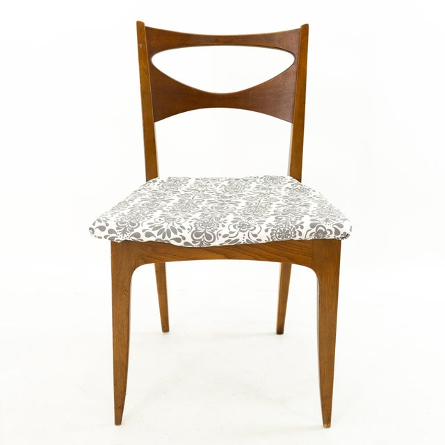 John Van Koert for Drexel Profile Mid Century Walnut Dining Chairs - Set of 4 For Sale In Chicago - Image 6 of 13