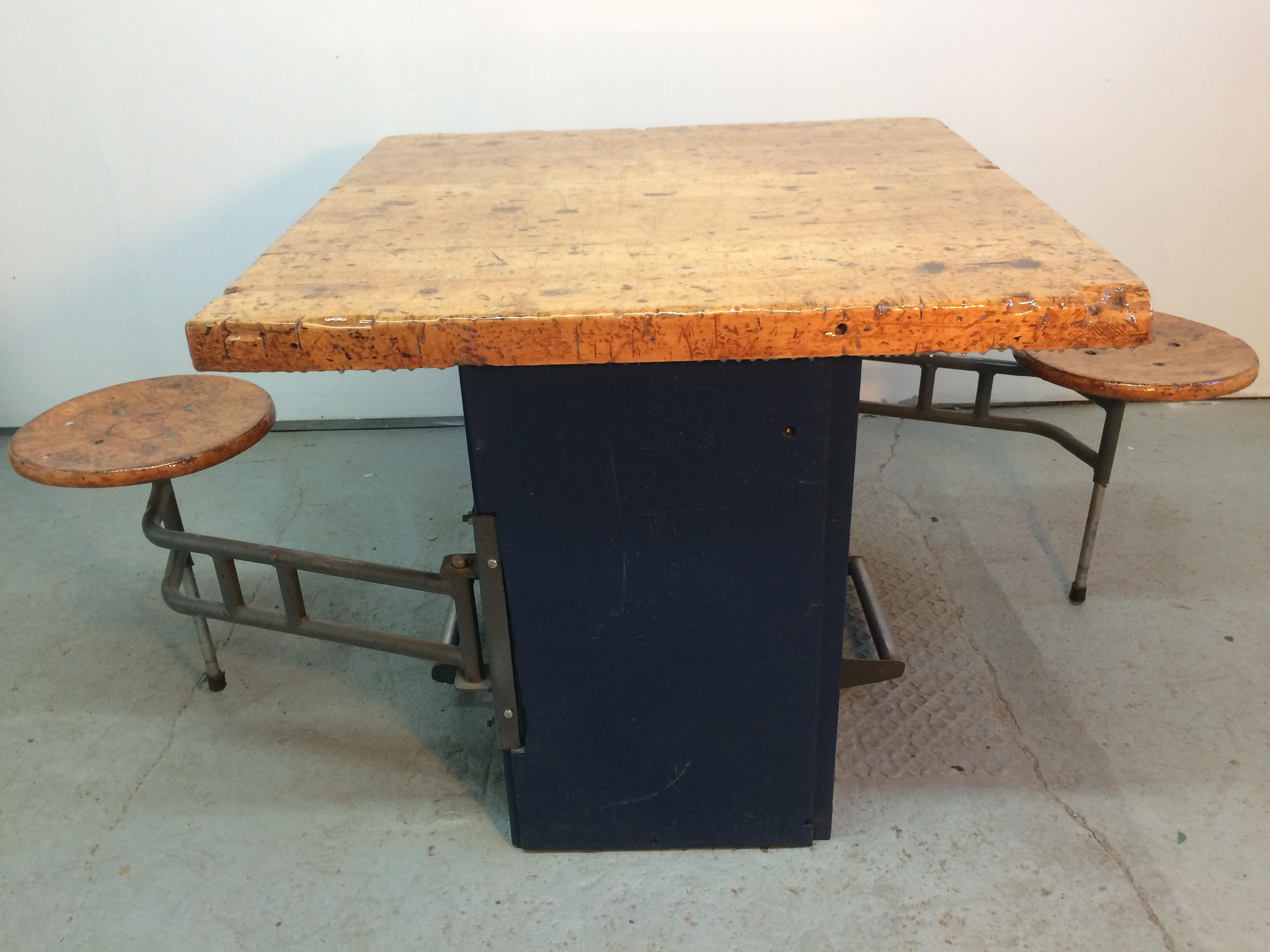 Incroyable Industrial Swing Out Stool Butcher Block Table   Image 2 Of 11