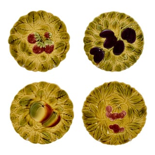 Sarreguemines French Faïence Majolica Fruit Plates - Set of 4