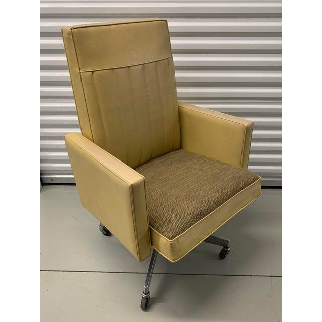Steelcase Mid Century Swivel Tilt Desk Chair For Sale - Image 13 of 13