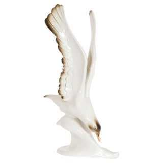 Mid-Century Modern Stylized Seagull Porcelain Sculpture by Royal Dux For Sale