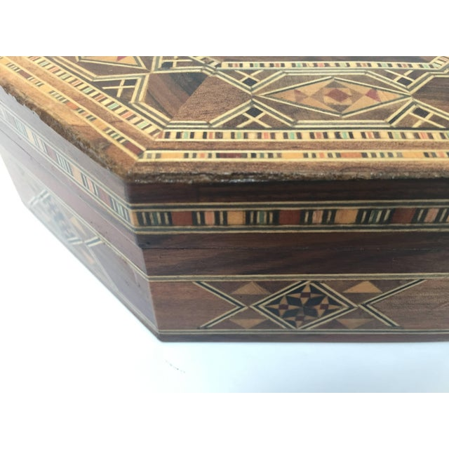 Middle Eastern Syrian Inlaid Marquetry Mosaic Octagonal Jewelry Box For Sale - Image 4 of 10