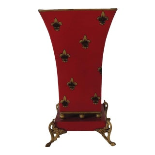 Red and Gold Tall Cachepot With Fleur-De-Lis Design For Sale