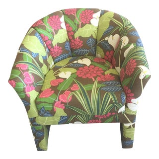 Classic Room & Board Barrel Chair Newly Reupholstered With Gorgeous Robert Allen Rowlily Linen For Sale
