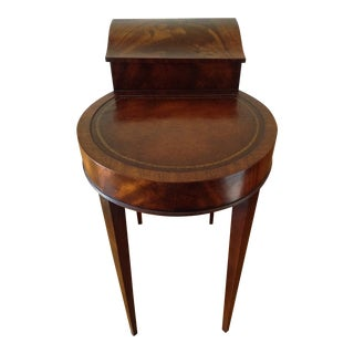1940s Traditional Weiman Heirloom Leather Top Walnut Burl Side Table For Sale