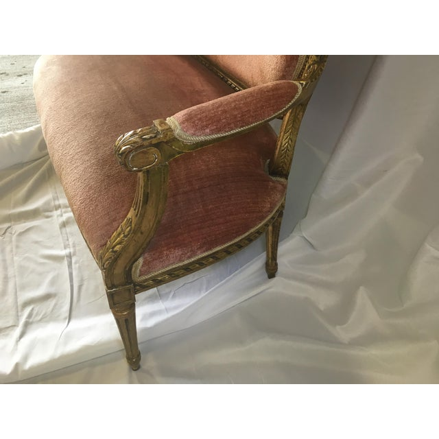 Antique French Gilt Settee For Sale In Richmond - Image 6 of 11