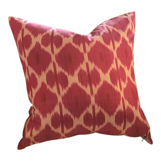 Ikat, Hand-Made Silk Pillow in Fuchsia/ Off-White, Made in Uzbekistan For Sale