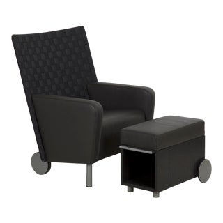 Modern Leather and Woven-Back Lounge Chair With Ottoman, 21st Century For Sale