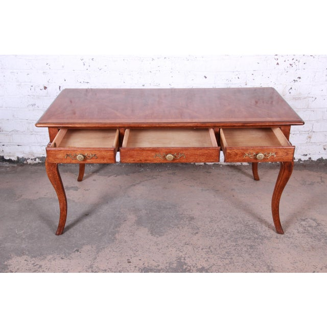 Vintage French Provincial Louis XV Style Oak Writing Desk by Hickory For Sale In South Bend - Image 6 of 13