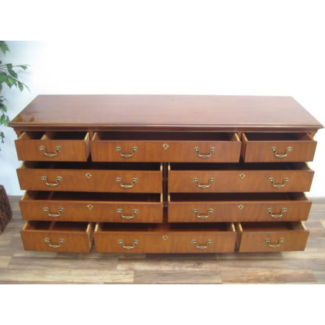 Queen Anne Style 10-Drawer Dresser by Drexel - Image 8 of 11