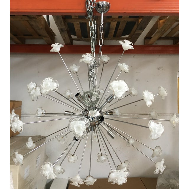 Glass Modern Murano Glass Triedo Sputnik Flower Chandelier For Sale - Image 7 of 7