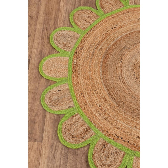 Not Yet Made - Made To Order 4'x4' Green Round Jute Scallop Rug For Sale - Image 5 of 9