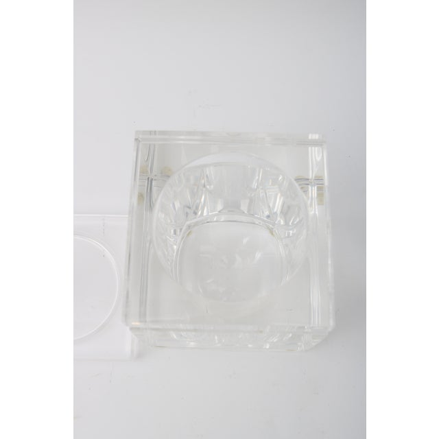 Lidded Lucite Ice Bucket - Image 7 of 9