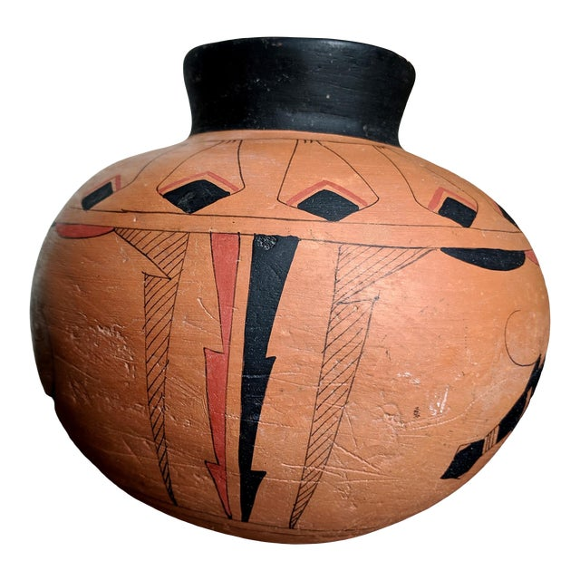 Mato Ortiz Mexican Handcrafted Clay Vessel For Sale
