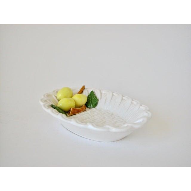 1970s 1970s Traditional Majolica Braided Lemon Ceramic Dish For Sale - Image 5 of 10