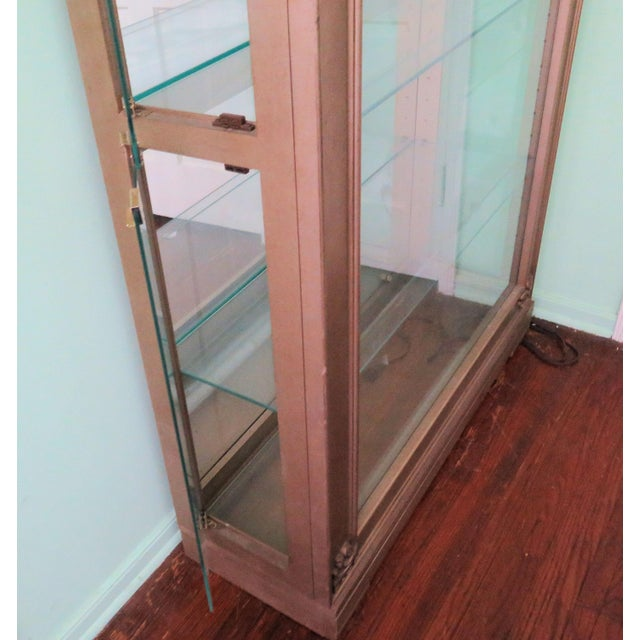 Hollywood Regency Display Case For Sale - Image 5 of 8
