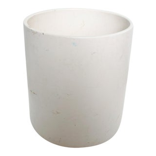 Large Gainey Mid-Century Modern Planter in White For Sale