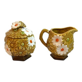Vintage Gold and White Daisy Ceramic Creamer and Sugar Bowl - a Pair For Sale