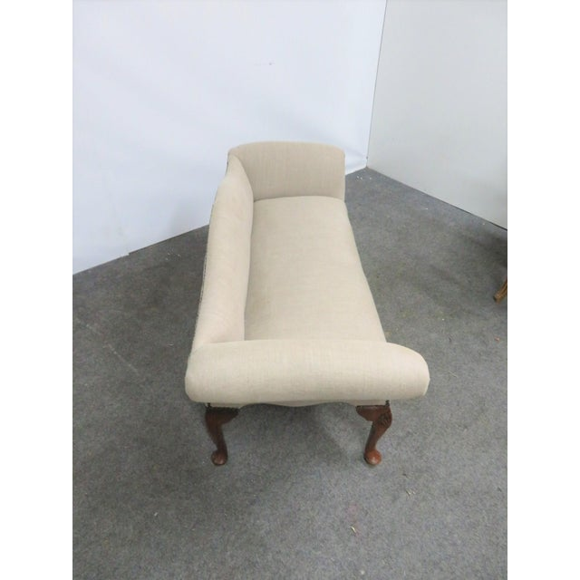 Mid 20th Century Queen Anne Linen Upholstered Bench For Sale - Image 5 of 7