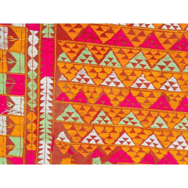 Phulkari Wedding Shawl, Silk Embroidery on Cotton, Punjab India 20th Century For Sale In Los Angeles - Image 6 of 13