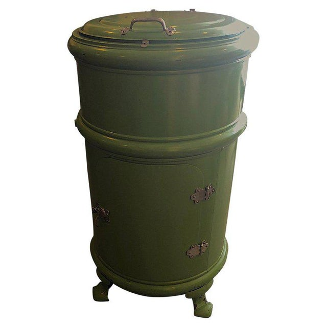 Early Round Steel Ice Box as Unique Bar in Enameled Green For Sale - Image 13 of 13