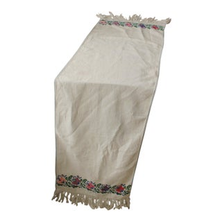 French Embroidered Fabric Linen And Cotton Textile Decorative Table Runner For Sale