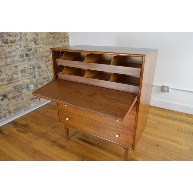 Drexel Declaration Walnut Mid Century Modern Gentleman's Chest For Sale - Image 6 of 9