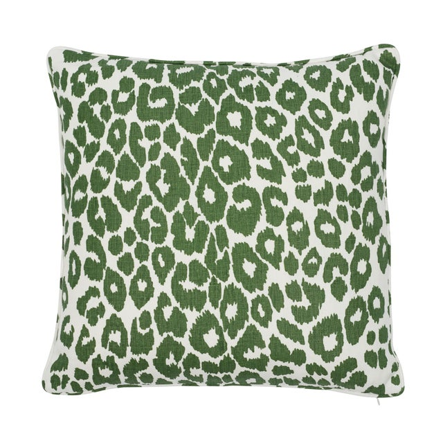 Early 21st Century Contemporary Schumacher Iconic Leopard Pillow in Green For Sale - Image 5 of 5