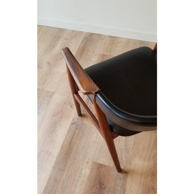 Wood Thomas Harlev Model 213 Side Chair in Teak and Black Leatherette for Farstrup Møbler For Sale - Image 7 of 12