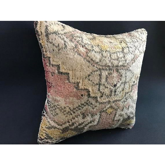 Made from old rugs Made from organic wool The rugs we use for our pillows are well washed and ready for your use. Handmade...