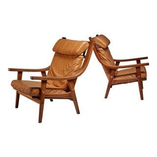 Hans Wegner pair of lounge chairs, Denmark, 1970s For Sale