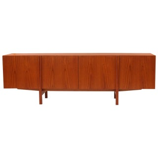 Ib Kofod-Larsen Beautifully Grained Teak Credenza For Sale