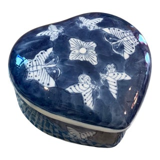Vintage Blue and White Heart Shaped Trinket Box with Butterflies For Sale