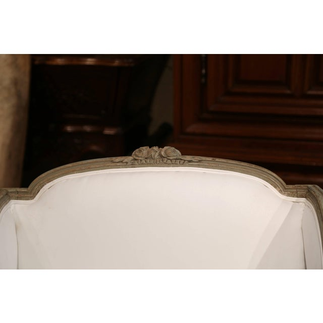 19th Century French Louis XVI Carved and Painted Eight-Leg Chaise With Muslin For Sale - Image 9 of 12