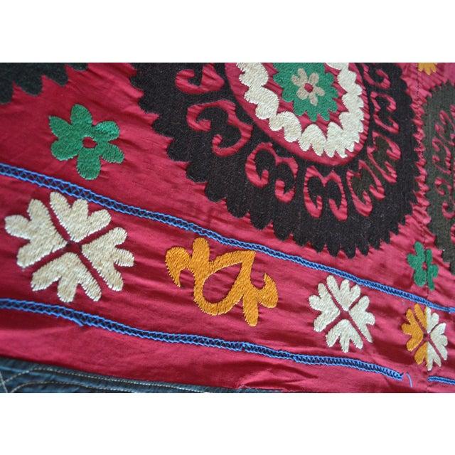 Big Size Colorful Suzani Bedspread - Image 4 of 6