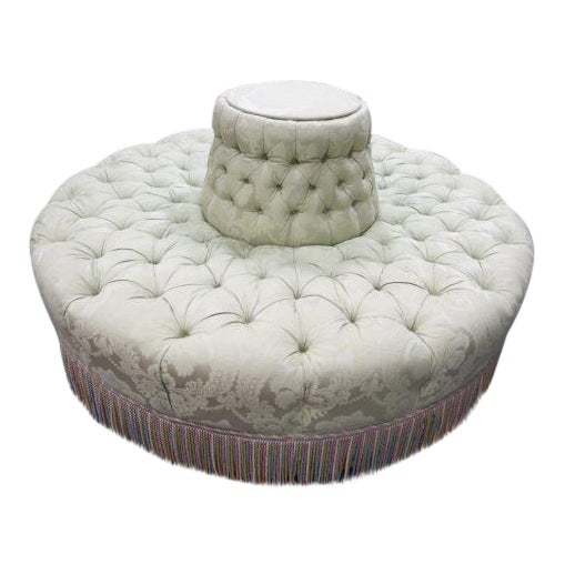 Enjoyable 1960S Vintage Antique Style Tufted Round Banquette Sofa Ncnpc Chair Design For Home Ncnpcorg