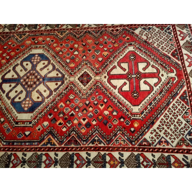 Red 1960s Vintage Persian Shiraz Tribal Carpet - 5′ × 9′8″ For Sale - Image 8 of 10