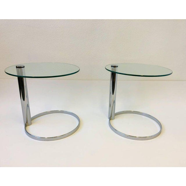 Modern Pair of Chrome and Glass Side Tables by John Mascheroni for Swaim For Sale - Image 3 of 10