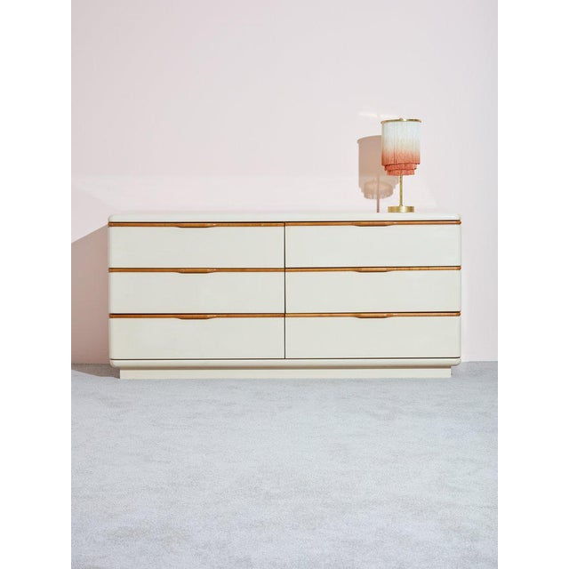 Lane Furniture 1980s Lane Beige Lacquer and Wooden Dresser For Sale - Image 4 of 4